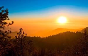 nebo-oblaka-zakat-solnce-luchi-4501